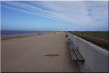 SD3147 : Promenade towards Rossall Point by Ian S