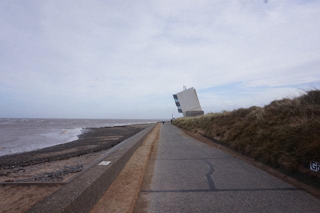 Promenade towards Rossall Point