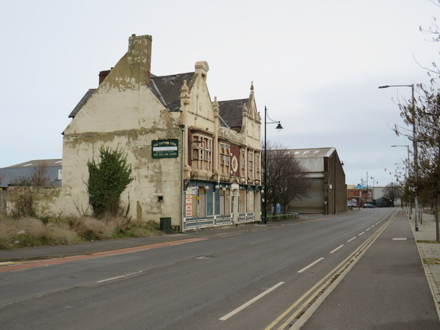 Derelict pub, Middlesbrough