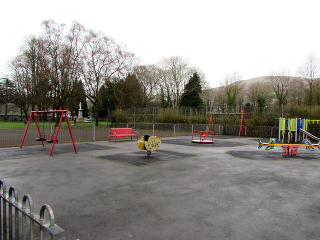 Children's playground in Troedyrhiw by Jaggery