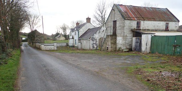 Disused homesteads at the southern end of Newtown Road