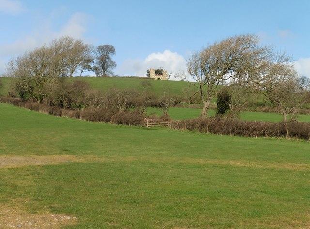 Castle folly on Poles Hill