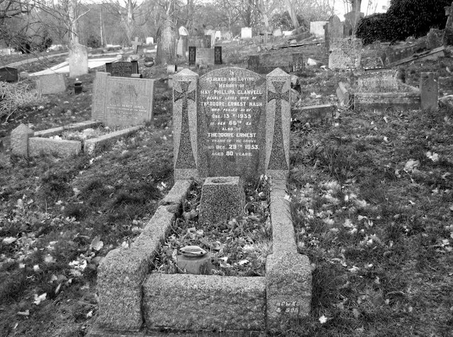The grave of May Philipa Clanvell
