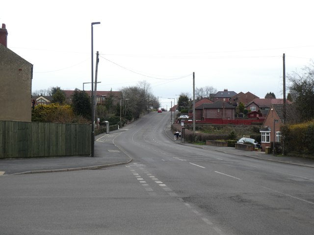 B6016 east of Swanwick with bus shelters each side