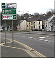 SM9515 : Haverfordwest railway station direction sign by Jaggery