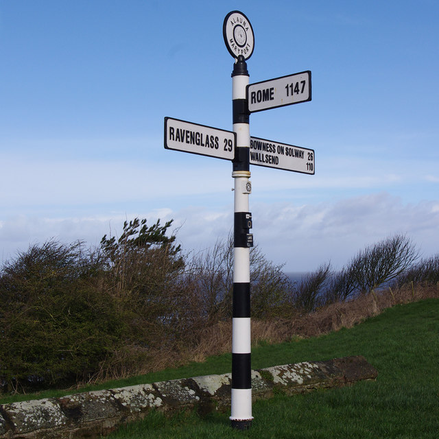 Finger post, Maryport by Ian Taylor