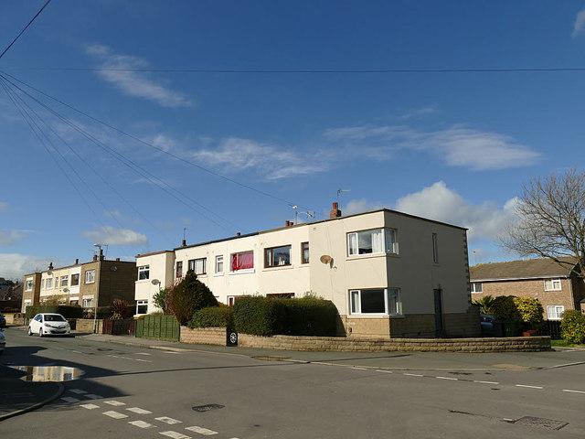 Flat-roofed houses, Newlands, Farsley