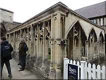 SO8318 : Little Cloister, Gloucester by Rudi Winter