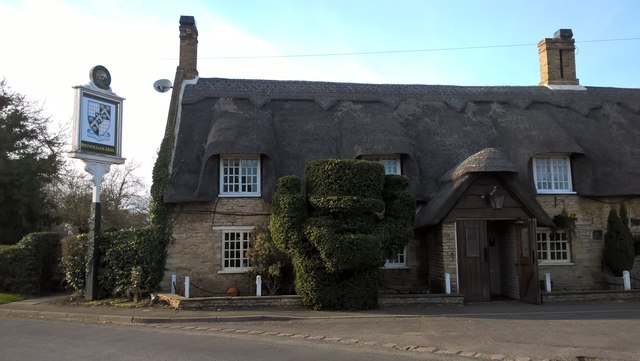 Topiary at The Fitzwilliam Arms, Marholm