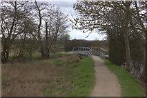TL4311 : Stort Valley Way. Footbridge over a drain by Robert Eva