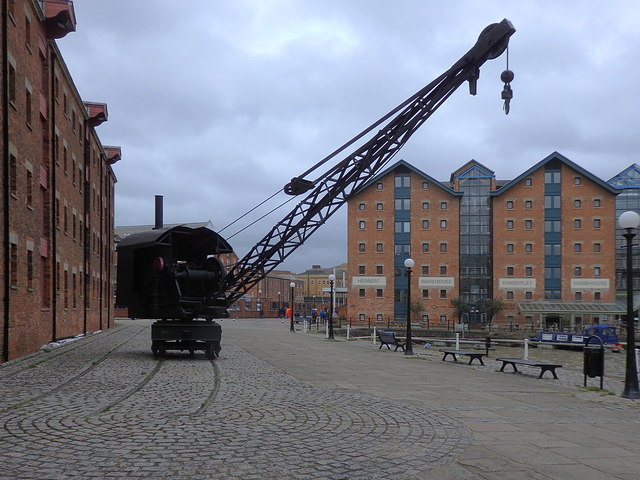 Steam crane, North Quay, Gloucester Docks
