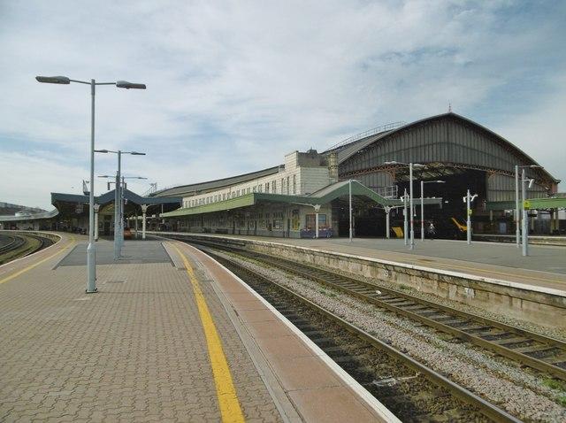 Temple Meads, Platform 9