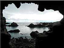 NT4999 : View from vaulted chamber near Lady Anstruther's Tower by Richard Sutcliffe