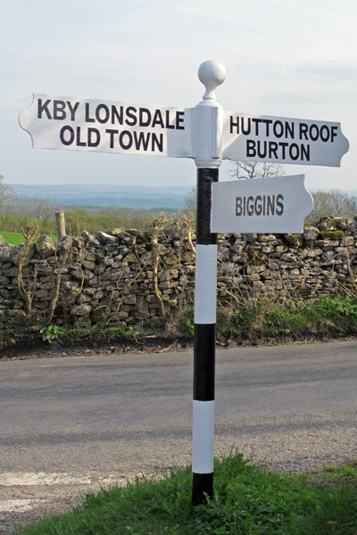 Old Direction Sign - Signpost south of Kirkby Lonsdale