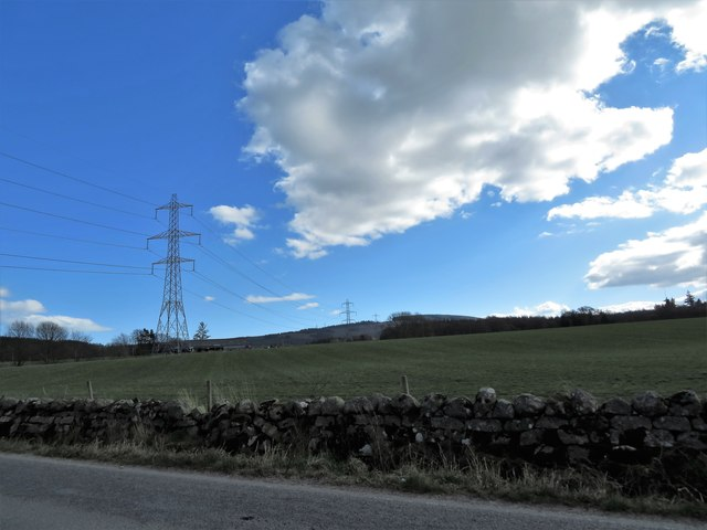 Overhead power lines near Kirkton of Durris