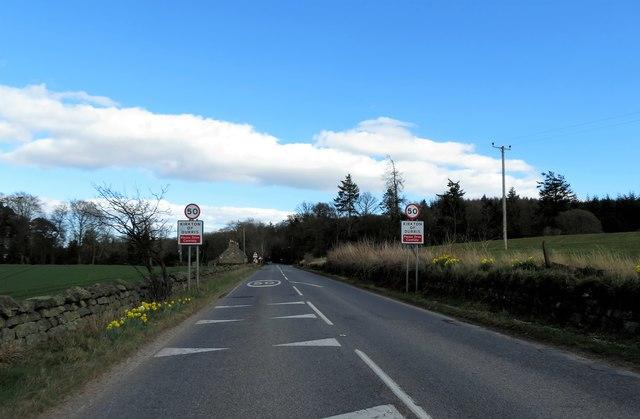 Entering Kirkton of Durris