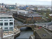 SE2933 : Victoria Bridge, Leeds by Stephen Craven