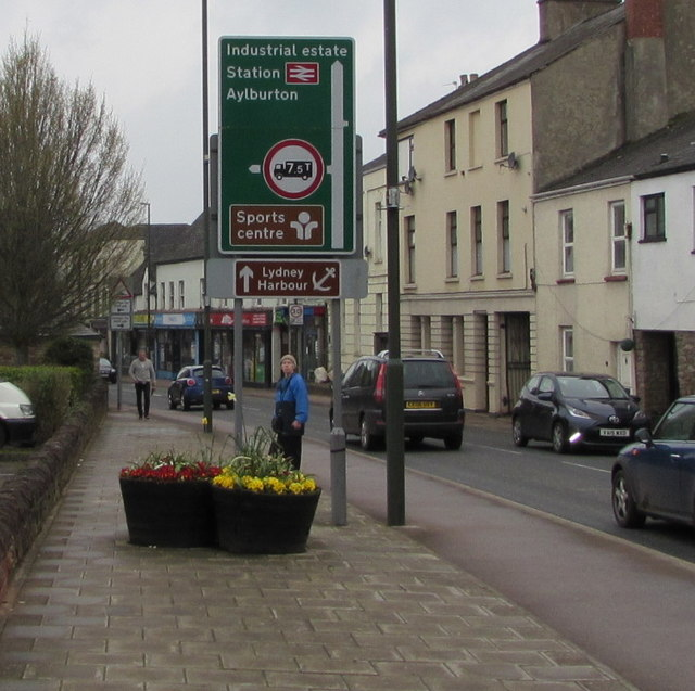High Street direction signs, Lydney
