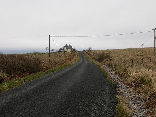 Road (B8001) approaching Spion Kop