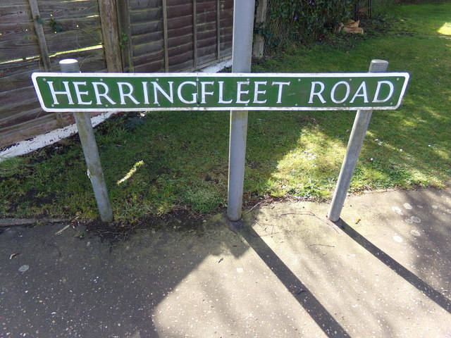 Herringfleet Road sign