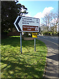 TM4599 : Roadsign on the B1074 Herringfleet Road by Adrian Cable