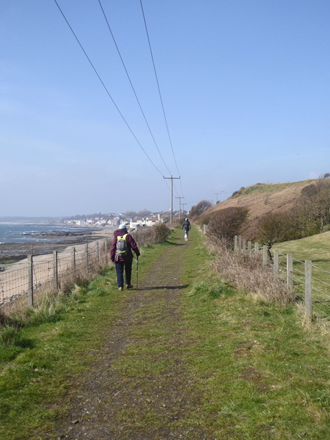 Railway path east of Lower Largo