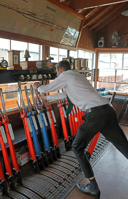 Bridgnorth Station - working the 'box