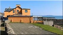 NO4102 : Periwinkle Beach House, Lower Largo by Bill Kasman