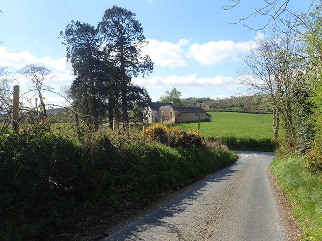 Farm house and outbuildings south of the junction on the Carrickrovaddy Road