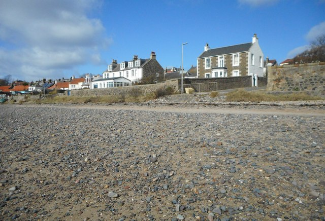 Houses beside the beach, Lower Largo by Richard Sutcliffe