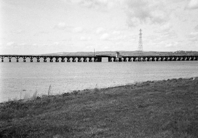 Langston Viaduct - the opening span & control cabin