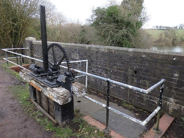 Feeder sluice gate, Tardebigge Reservoir, Birmingham & Worcester Canal