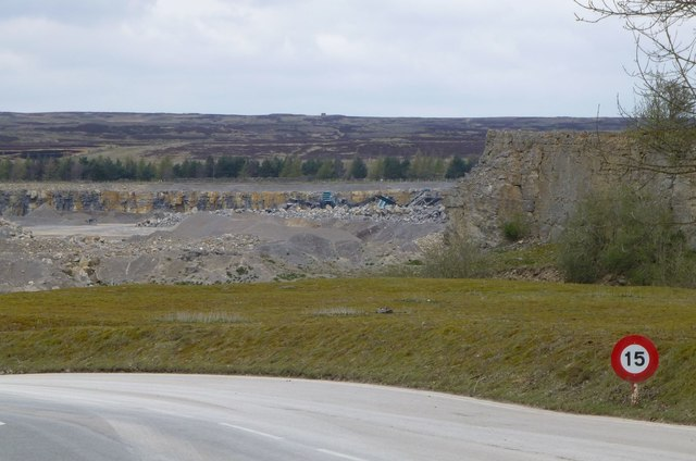 2f4d895d6 Quarry at Preston Scar © Russel Wills cc-by-sa/2.0 :: Geograph ...