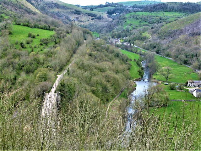 47e7b7923 River Wye Valley © G Laird cc-by-sa/2.0 :: Geograph Britain and Ireland