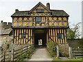 SO4381 : Stokesay Castle Gatehouse by Graham Hogg