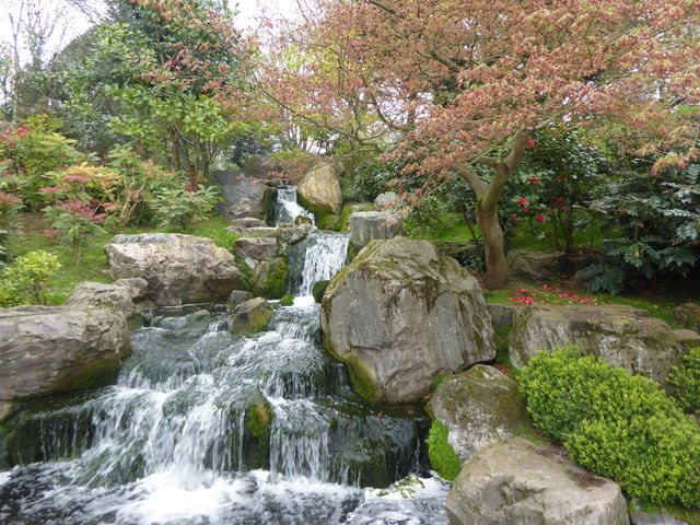 The waterfall in the Kyoto Garden
