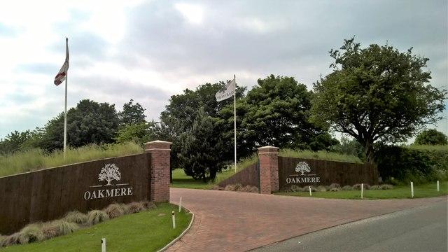 Entrance to Oakmere Park Golf Club