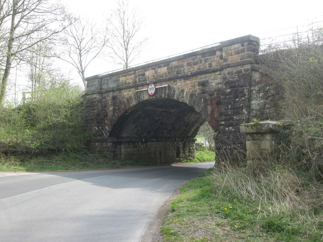 Approaching the railway bridge over Longreave Lane