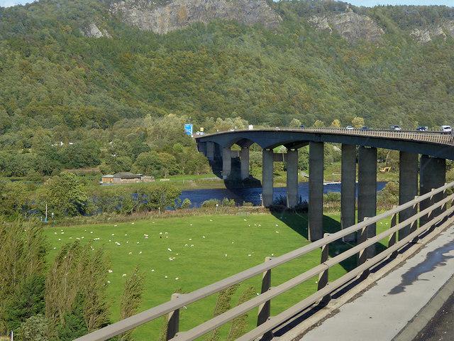 M90, Friarton Bridge