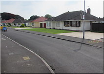 ST3049 : Westfield Drive bungalows, Burnham-on-Sea by Jaggery