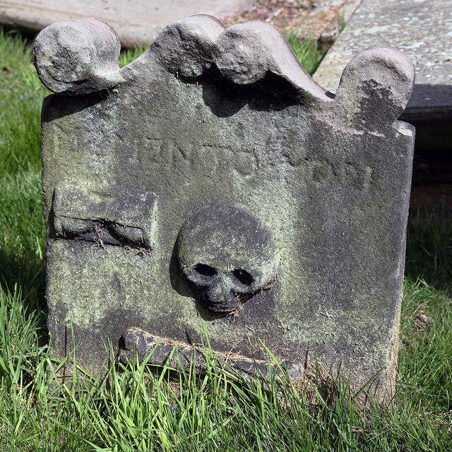 A symbolic gravestone in Tweedmouth Parish Churchyard