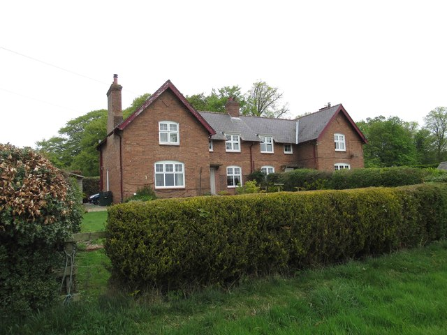 Farm Cottages at High House