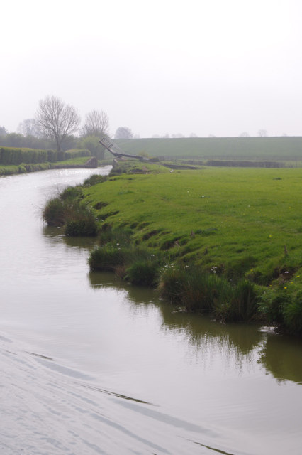 Oxford Canal, north of Claydon