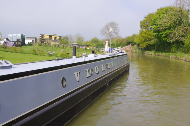 'Violet' on the Oxford Canal