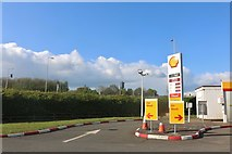 SP6849 : Shell petrol station on Watling Street, Towcester by David Howard