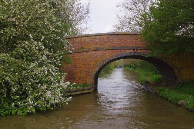 Caves Bridge, Oxford Canal