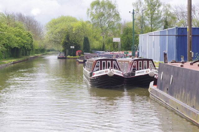 Grand Union Canal, Weedon