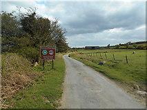 SX7379 : Advisory speed limit on Dartmoor by Anthony Vosper