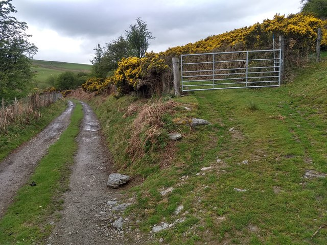 Junction of the farm track and the bridleway