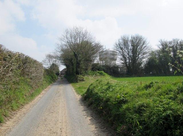 School  Lane.  Baconsfield  toward  Long  Lane